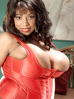 Ebony Lingerie Porn Pics